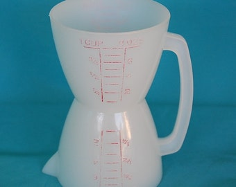 Vintage Tupperware Measur-Twin Measuring Cup Double Sided for Lefty or Righty for liquids and dry ingredients One Cup either side Part 860