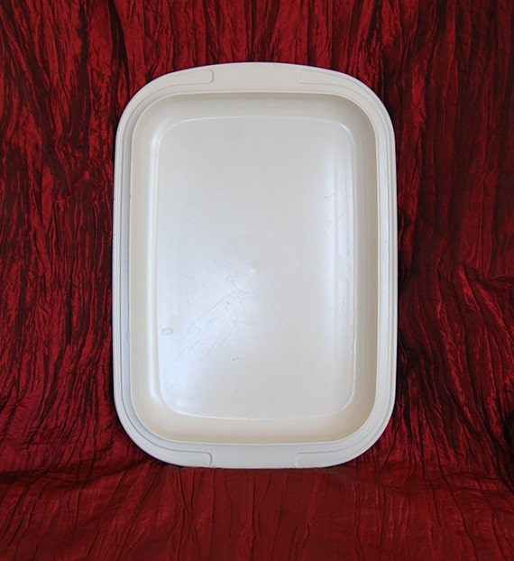 Vintage Tupperware Ultra 21 Low Roaster LID for Medium and Deep Roasters Ovenware that goes in the Microwave and Coventional Oven