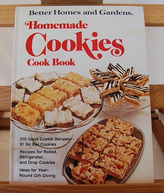 Vintage Cookbook Better Homes and Gardens Homemade COOKIES Cook Book 96 pages circa 1975