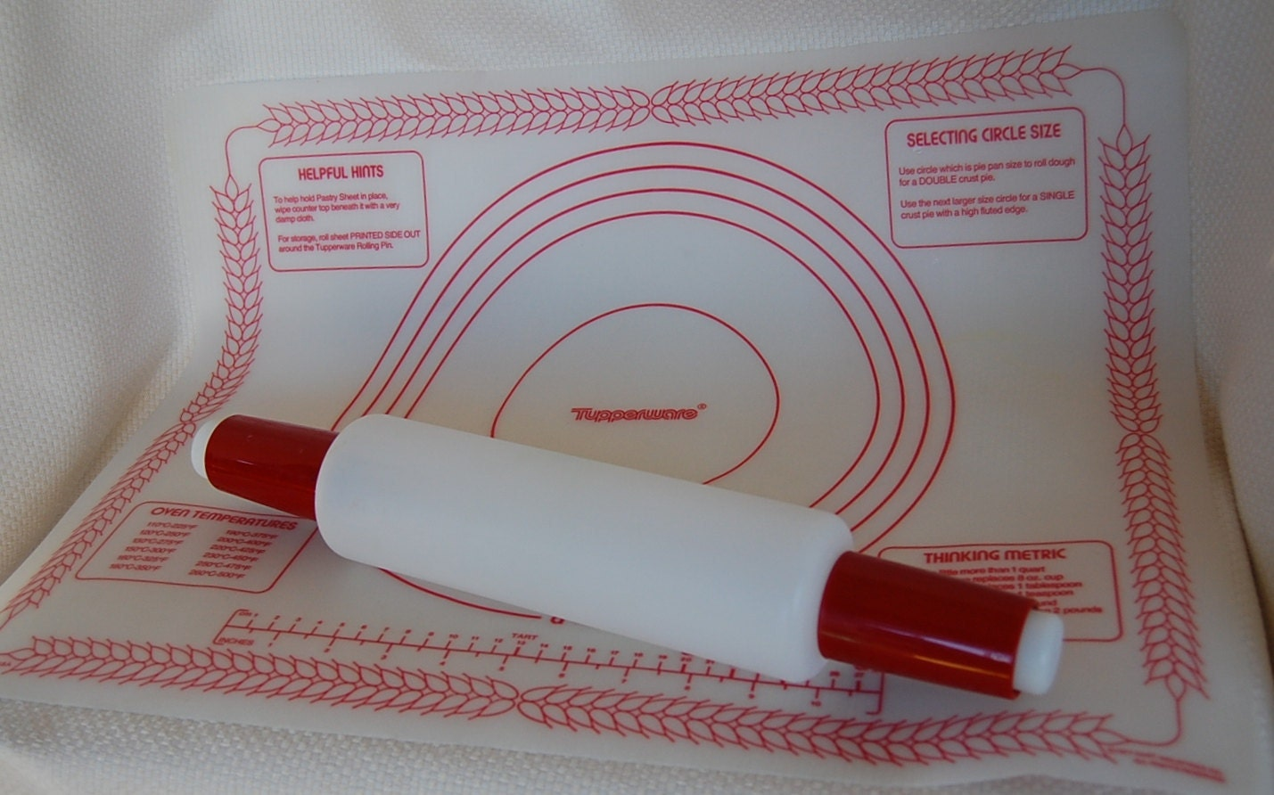 Vintage Tupperware Pastry Sheet And Rolling Pin Set Red