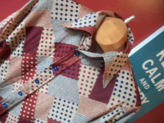 1970s MENS graphic dot brown and blue WIDE COLLAR shirt M medium