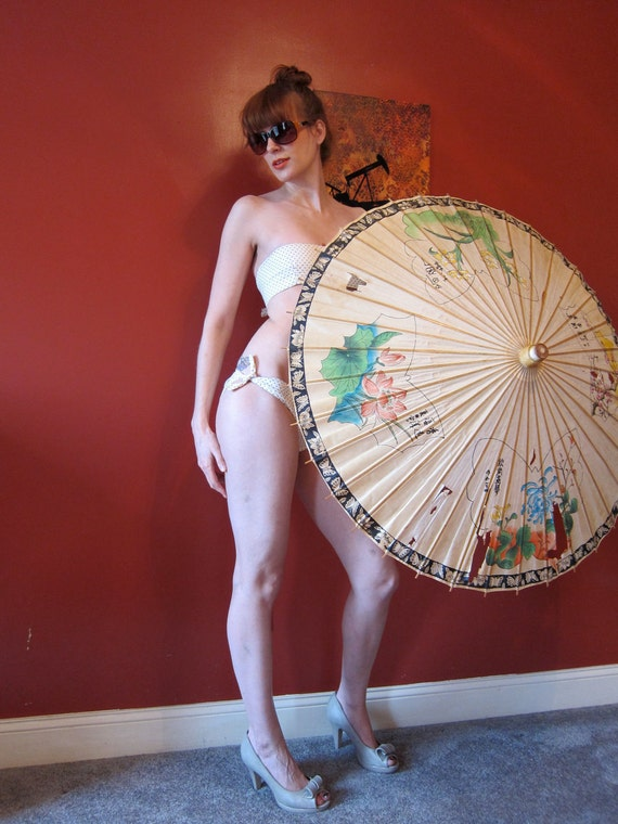 1930s hand painted Asian paper parasol umbrella Butterfly