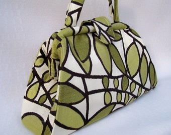 Retro Jackie Pocketbook - Green Sprout