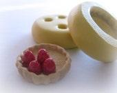 Tiny Strawberry Pie Crust Mold Charm Resin Clay Kawaii Sweets Pie Dish