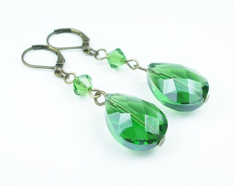 Green Briolette Dangle Earrings, Green Glass Earrings, Teardrop Earrings, Swarovski Crystal Earrings