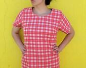1950's. picnic. plus size. red. plaid. wiggle dress. mad men. vintage. Sz xl/xxl.