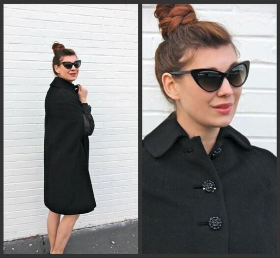 1950's. cape. black. rhinestone buttons. gorgeous caplet. vintage. Sz xs-m.