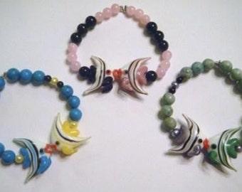 Honi honi fish bracelet (assorted colors)