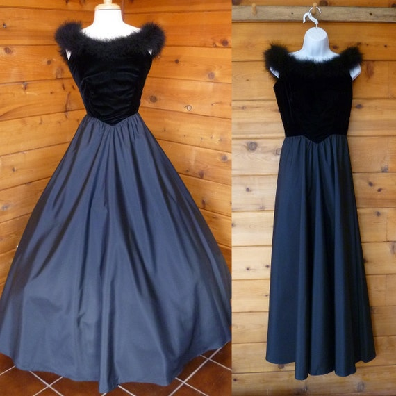 Vintage Dress Black Fit and Flare Ball Gown Size Small  S
