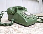 Vintage 1970 Rotary Desk Phone Green