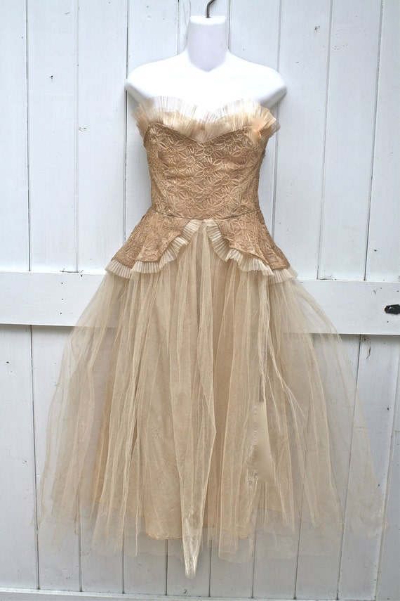 Vintage 1950 Tea Stained Wedding Dress STUNNING
