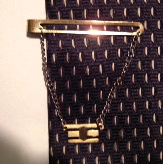 GIANT GRIP gold vintage TIE CLIP