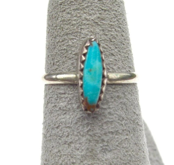 Vintage Sterling Silver Turquoise Ring - Size 5