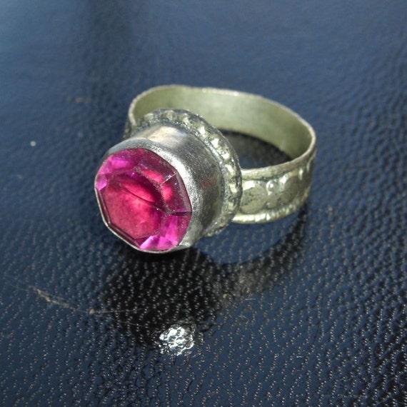 Vintage Handmade Middle East or Uzbekistan Ring - Magenta, Pink
