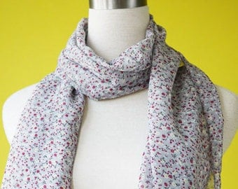 Ditsy Grey Floral Print Cute Fun Causal Long Scarf Shawl