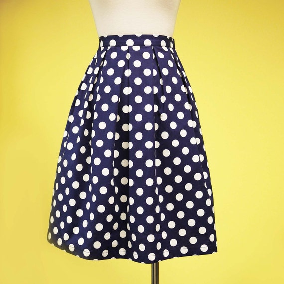 Nautical navy blue polka dot pleated skirt elasticated waist - MEDIUM
