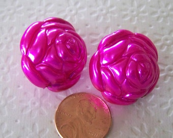 Hot Pink Acrylic Rose Beads