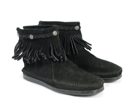 Vintage Moccasin Boots Black Leather Fringe Flats - ( 9 ) / ( 40 )