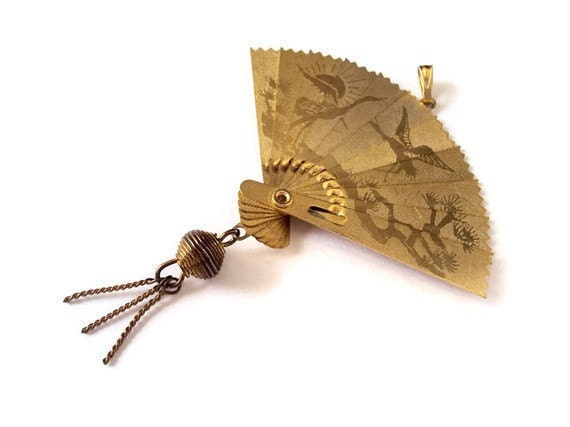 Vintage Gold Etched Fan Pendant, Asian Bird Designs, Double Sided, Opens & Closes