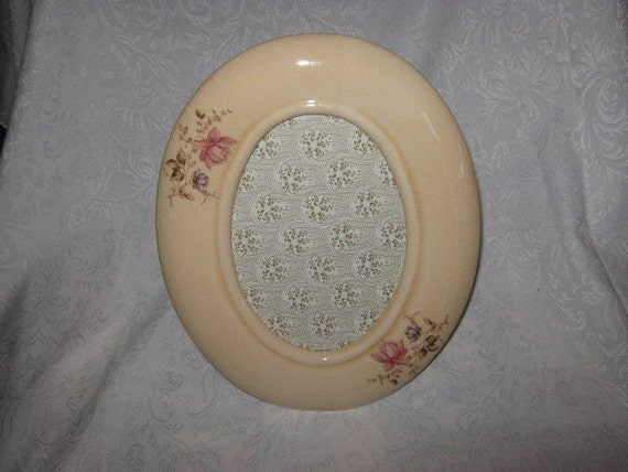 Oval China Crackled Shabby Chic Picture Frame