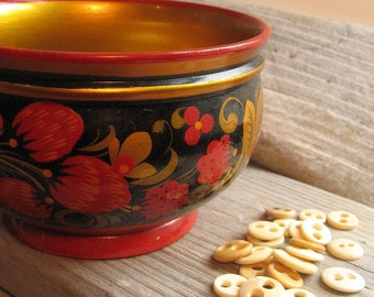 vintage russian folk art lacquer ware bowl