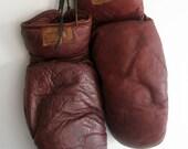 Vintage Boxing Gloves / Goldsmith Frisco Fighting Gloves