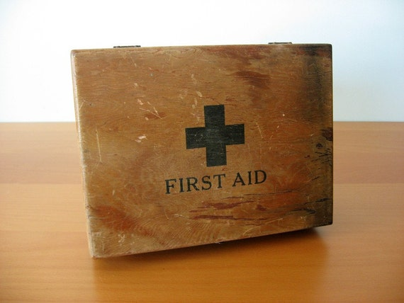 Old Firstaidkits 107