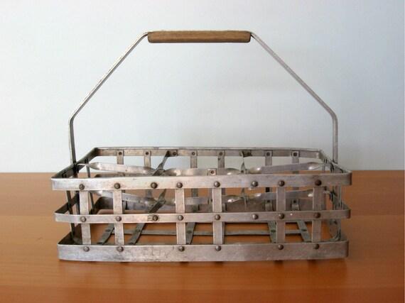 Vintage Metal Bottle Carrier