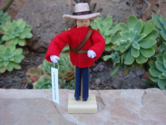 Canada clothespin doll, Canadian Mountie