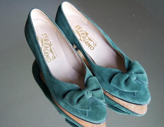 Vintage Ferragamo Green Suede Shoes 6 B