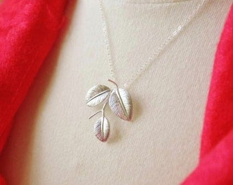 SALE- WAS USD 25-Sterling Silver 3-Leaf Necklace-Botanical, nature inspired, bridesmaid gifts
