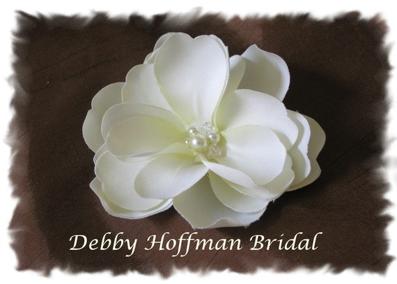 Custom order for Edward - 3 Ivory Magnolias Bridal Flowers on Hair Combs with Pearl and Swarovski Crystal Center No. 203