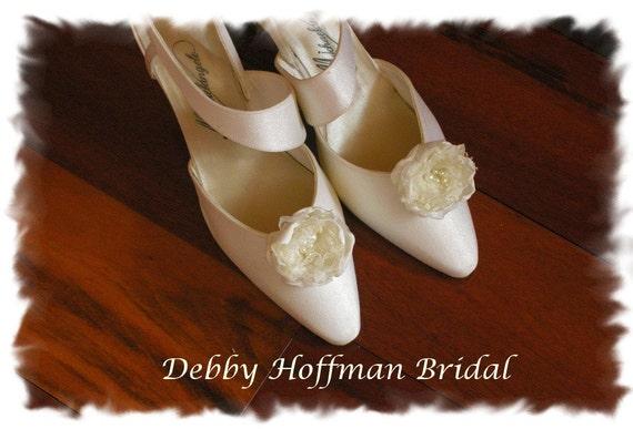 Bridal Flower Shoe Clips, Wedding Shoe Clips, Floral Shoe Clips, Wedding Flower Shoe Clips With Pearls, No. 1012FSP, Wedding Accessories