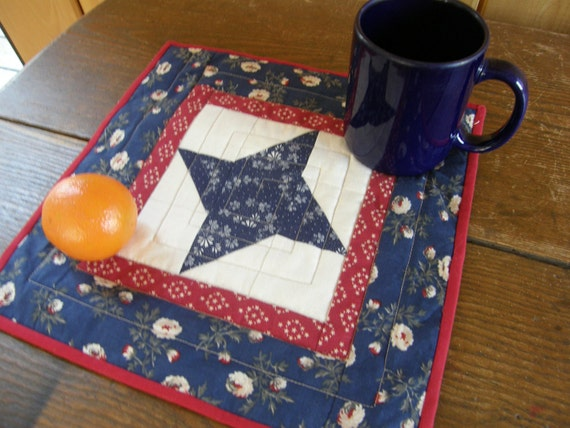 PATRIOTIC STAR Quilted Mug Rug or Candle Mat
