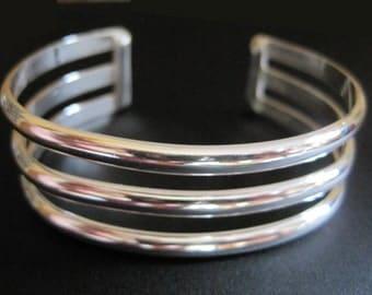 Narrow Banded Bracelet