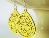 Yellow Wood Earrings. Queen Anne's Lace and Daisies. Sterling Silver. FREE SHIPPING