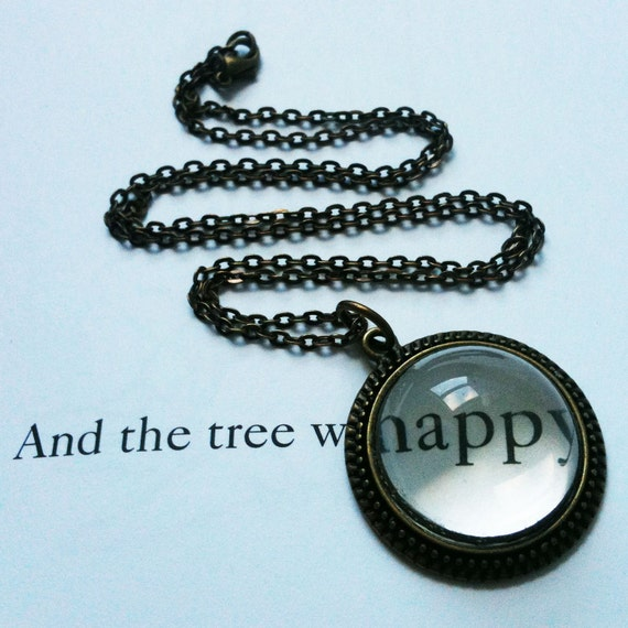 40% OFF! Eye Loupe Necklace. Magnifying Jewelry. Victorian-inspired. Fun and Handy. Trendy and Chic.