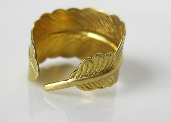 Gold Feather Ring. Gold Ring. Raw Brass Adjustable Ring. Open Feather Jewelry. Vegan Feather. Gold Jewelry. Raw Brass Ring. Brass Feather.