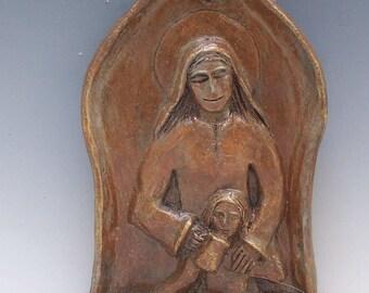 St. Elizabeth of Hungary Statue: Patron of Nurses