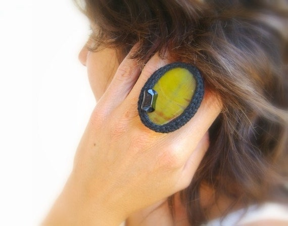 50% off - Crochet Agate Ring, Adjustable, Yellow, Black Cotton Crochet, Glass Bead, Retro Jewelry