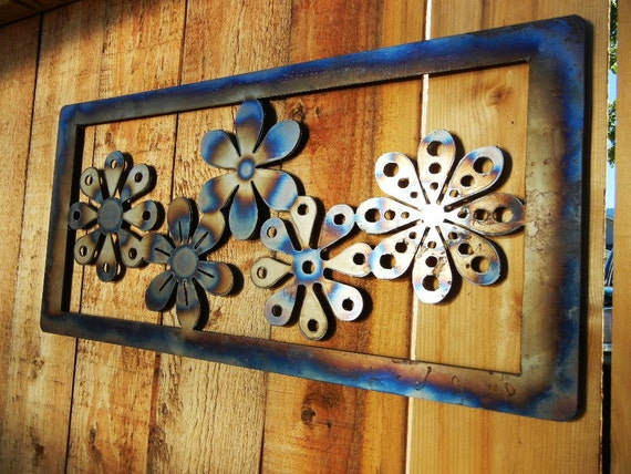Daisy Chain Metal Art for Outoors or Indoors