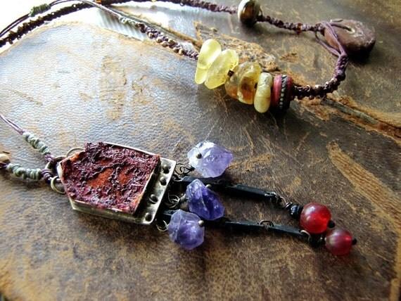 muspelheim - delicate macrame folk necklace