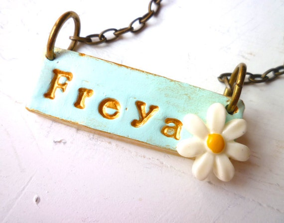 Daisy Necklace - Girl jewelry - Girl necklace - Flowergirl