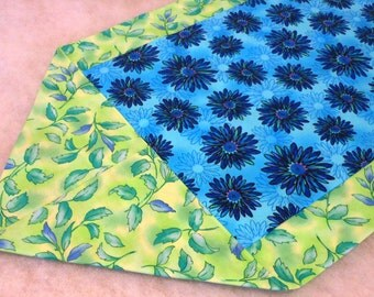 Table Runner Cotton Cloth Turquoise and Navy Floral