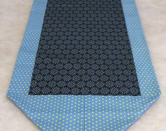 Cloth Table Runner Navy and Periwinkle
