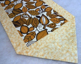 Handmade Cloth Falling Leaves Table Runner