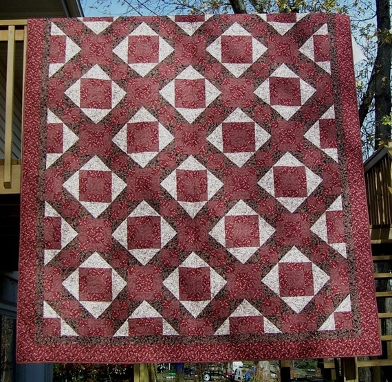 Machine Quilted Bed Quilt in Wine Black and Cream