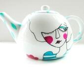LA VIE en rose- Handpainted and original illustrated teapot