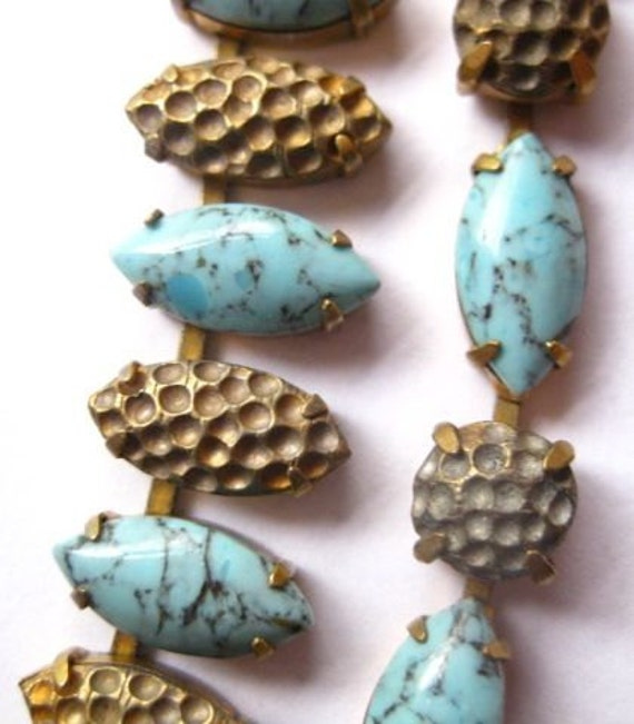 20 PERCENT OFF  Vintage Demi Parure Faux Turquoise Glass Cabochons Necklace Choker Bracelet