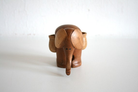 Wooden Elephant Toothpick Holder